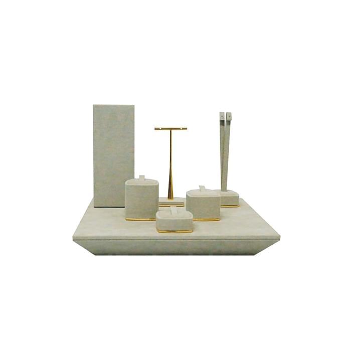Exhibidores para joyería - base bilbao 03