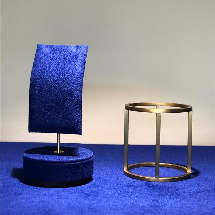 Displays set & Exhibitors - IMG 6921