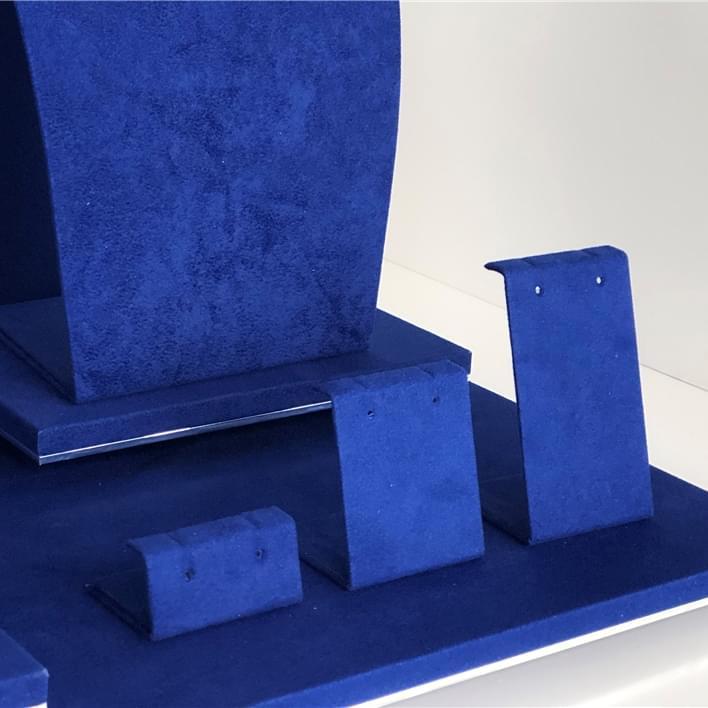 Displays set & Exhibitors - IMG 9583