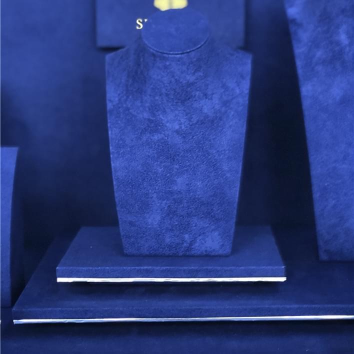 Displays set & Exhibitors - IMG E9594