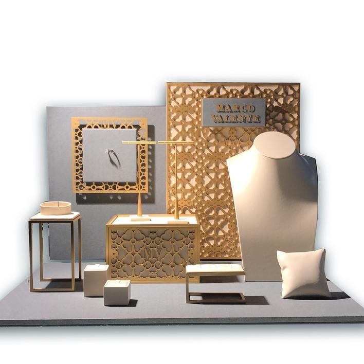 Displays set & Exhibitors - VALENTE f